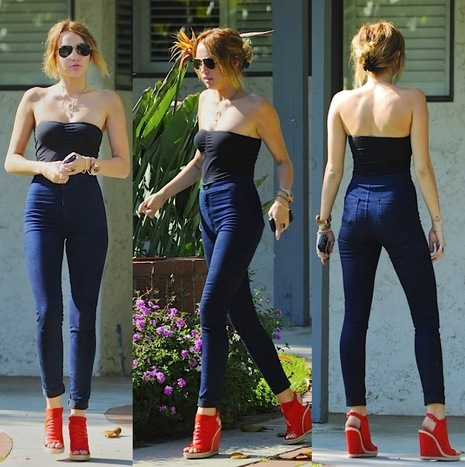 miley-cyrus-jeans-top-fashion-casual-chic-style