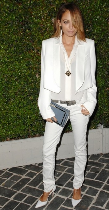 nicole-ritchie-point-toe-white-pumps